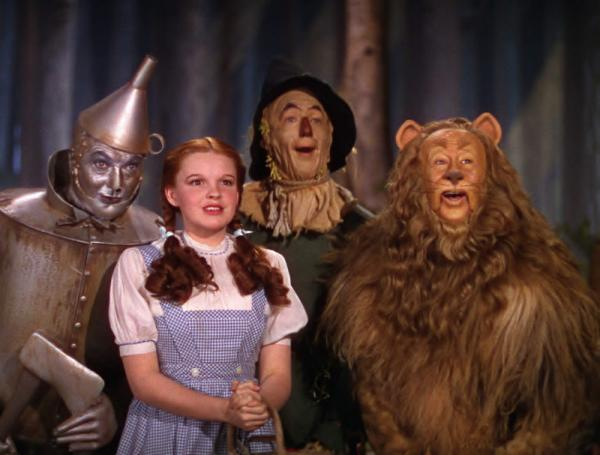 filme cu magicieni wizard of oz