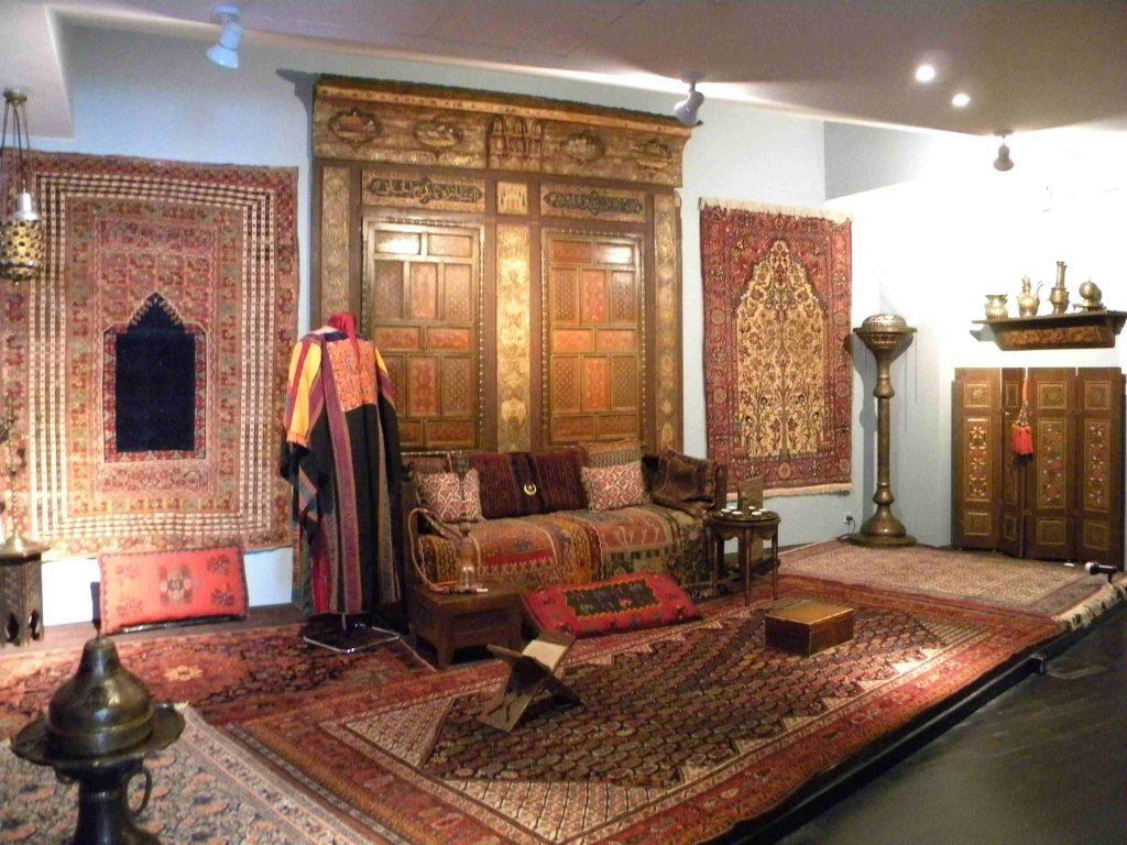 muzeul colectiilor de arta obiective turistice in bucuresti