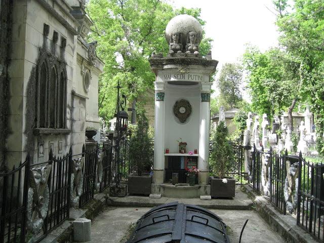 mormant iulia hasdeu cimitirul bellu