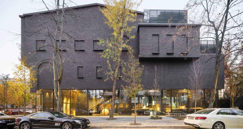 muzeul de arta recenta bucuresti